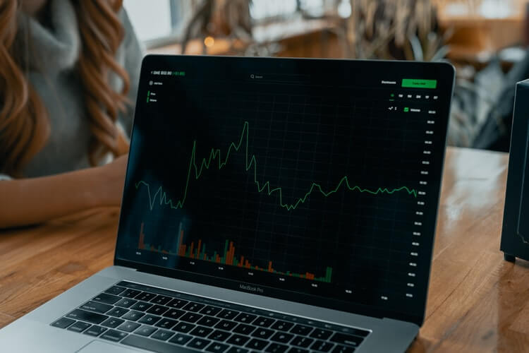 Which Is The Best Crypto To Invest In? A definitive Guide